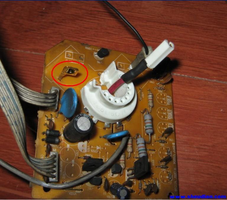 紧急求助,电视机显像管管座如何接?