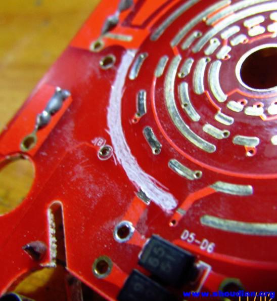 铜皮修复万用表烧焦的拨盘电路板线路